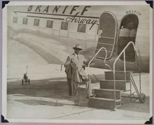 RiceboardingAirplanePHOTO